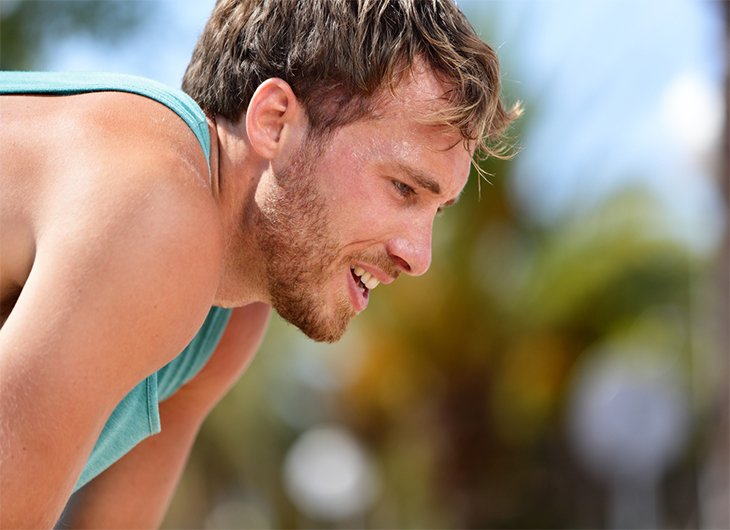 Is there a link between poor oral health and sports