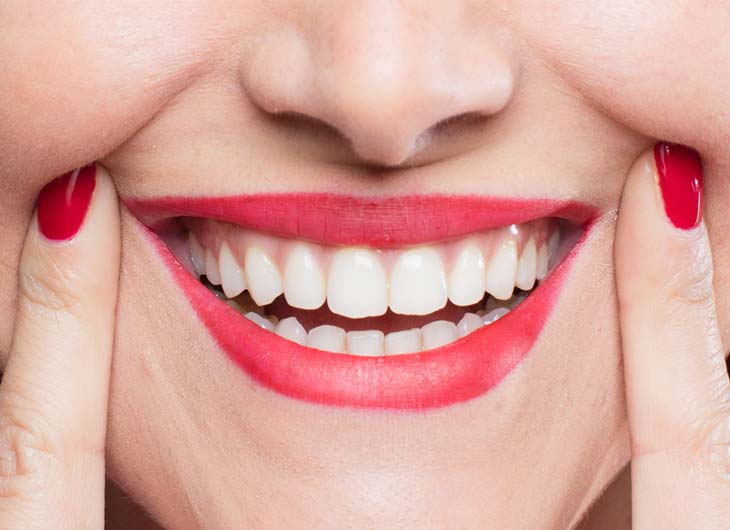 why your smile is key to your self confidence feature image