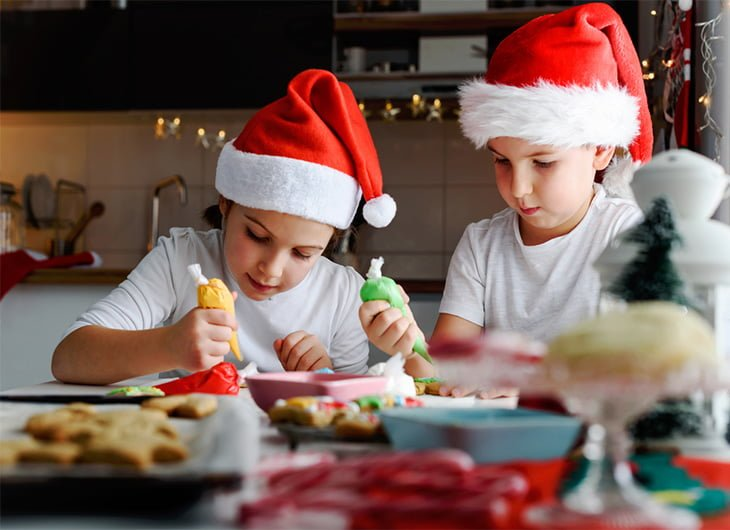 the best ways to protect kids teeth at christmas feature image